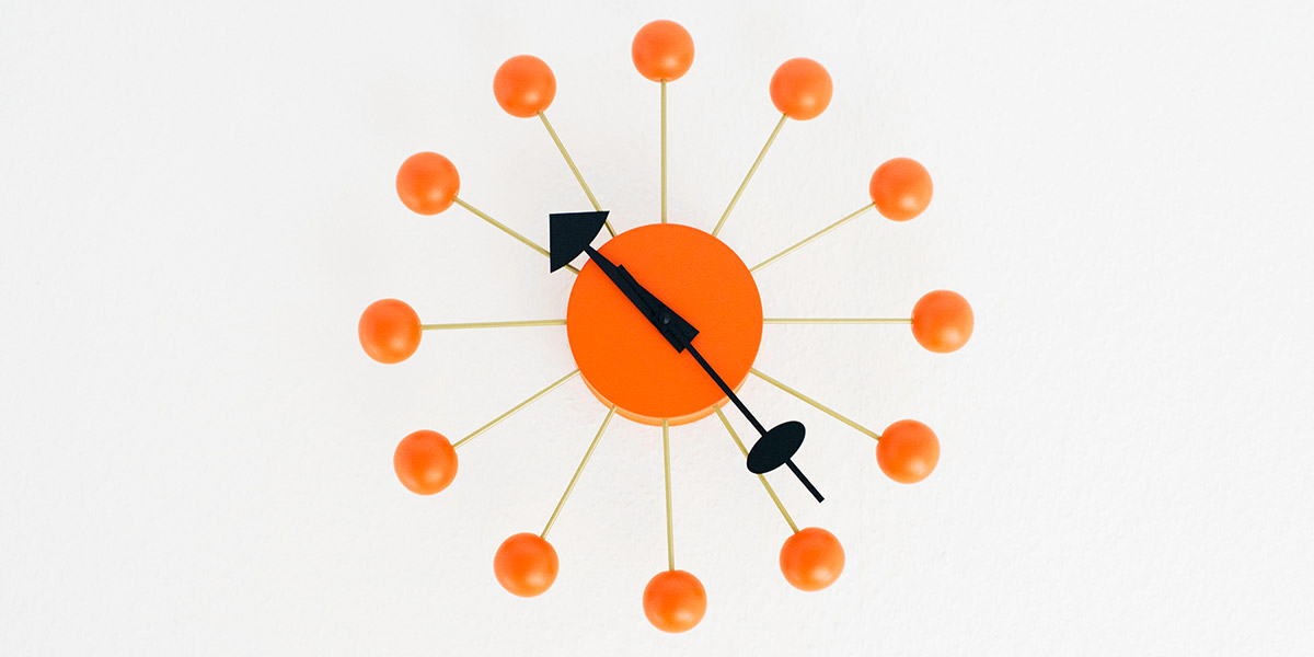 Symbolic picture Clock for the international network of Sagawe & Klages Rechtsanwälte